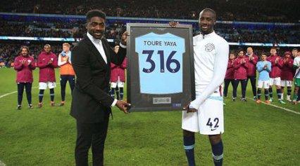 8Live đưa tin Man City tri ân Toure trong trận đấu với Brighton