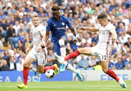 HLV 388: Tip bóng đá 06/10 20:00 Southampton vs Chelsea: Đường rộng cho khách